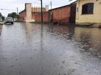 Babá Tupinambá cobra serviço de drenagem em ruas do bairro Djard Vieira