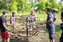 Babá Tupinambá comemora instalação de parque infantil na Aldeia Monte Betel