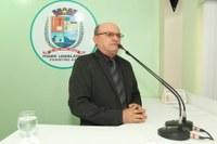 Cabo Linhares cobra Operação Tapa-Buraco e lotação de funcionários para escolas da Zona Rural