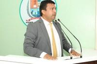 Educação: Presidente da Câmara apresenta demandas com Indicação e Requerimentos