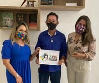 Em Manaus, Babá Tupinambá solicita inclusão das crianças com Autismo e Síndrome de Down de Parintins no Cartão de Auxílio Estadual