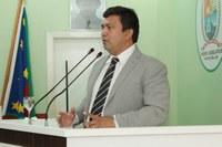 Presidente da Câmara de Parintins discursa sobre Muro de Arrimo e PCCR