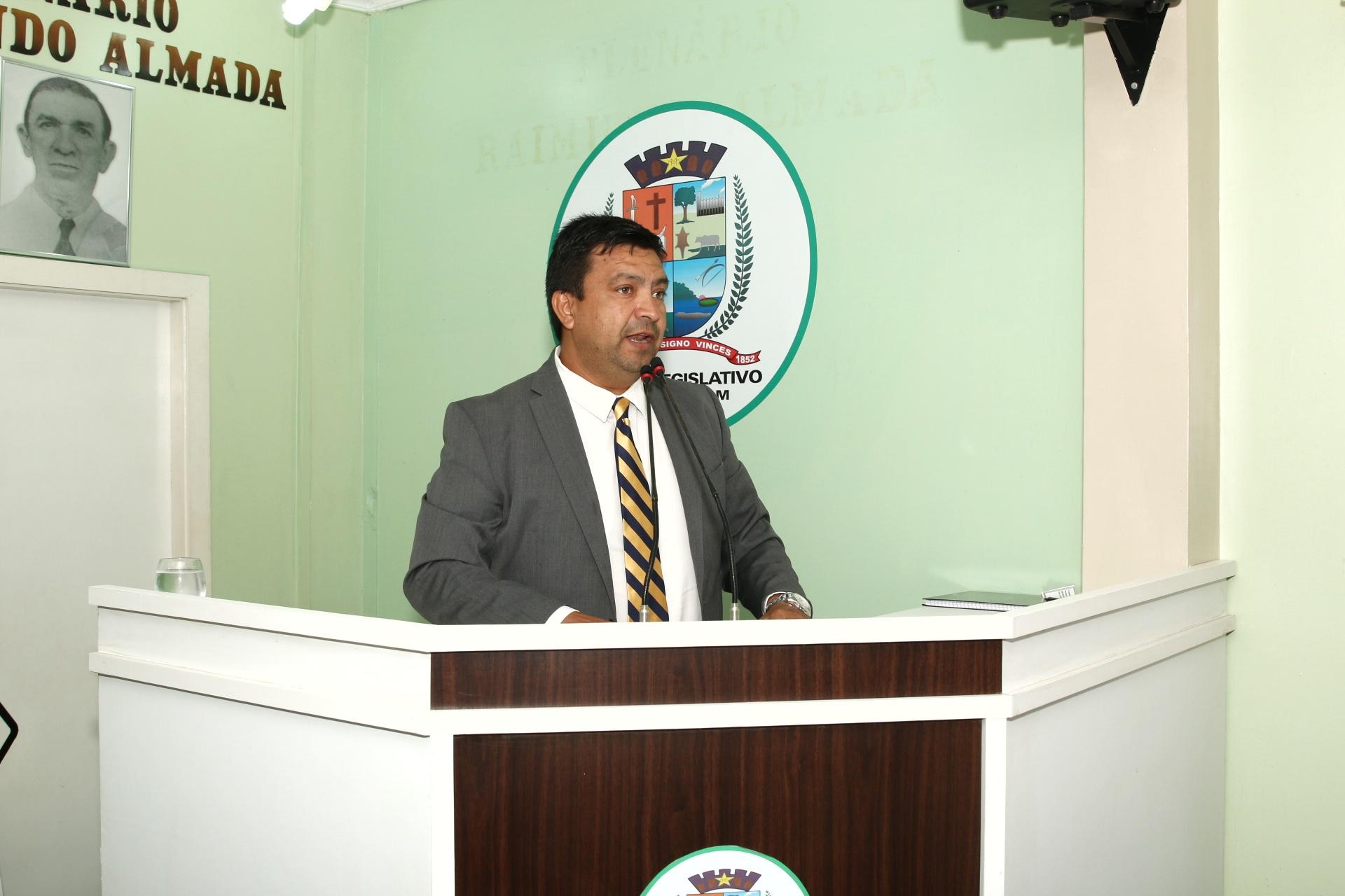 Presidente da Câmara de Parintins encaminha Requerimento com solicitações apresentadas na 3ª Sessão Itinerante