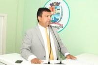 Presidente da Câmara reforça solicitação de Centro de Educação Infantil para o bairro Emílio Moreira