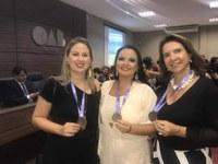 "Representatividade política: vereadora de Parintins recebe ""Medalha Mulheres Destaque Brasil"""