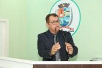 Tião Teixeira pede serviços para comunidades rurais e requer Título de Cidadão Parintinense à Jamil Medeiros