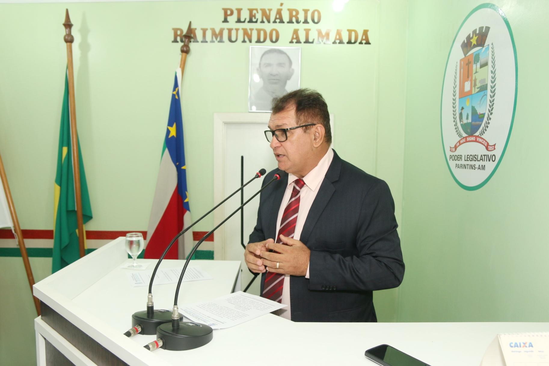 Tião Teixeira propõe reforma e ampliação da Escola Fernando Carvalho do Laguinho