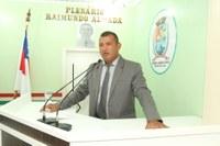 Vereador Bertoldo reivindica Tenda para Feirantes da Francesa e Operação Tapa-Buraco na Rua Silva Campos