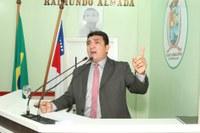 Vereador Beto propõe leitura bíblica nas escolas municipais de Parintins, por meio de Projeto de Lei
