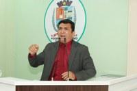 Vereador Beto critica conduta de vereadora oposicionista e apresenta parecer da denúncia contra o vereador Gelson Moraes